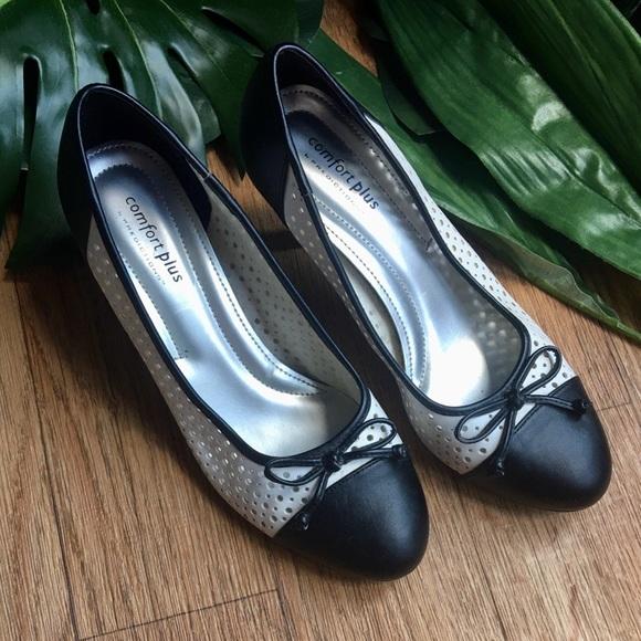 Women's Comfort Plus Heels Sz 8W